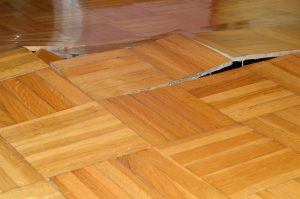Top 10 Signs of Moisture Problems with Flooring